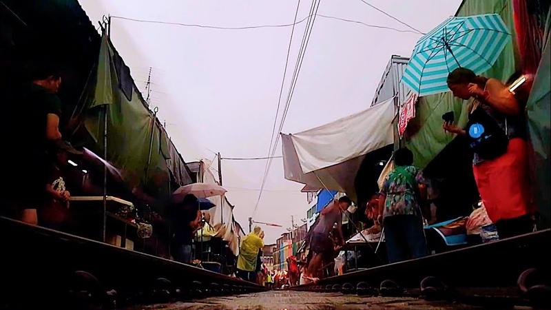 Rainy Mae Klong Railway Market, Camera Under Train Runs Over My Camera/Камера под поездом на рынке