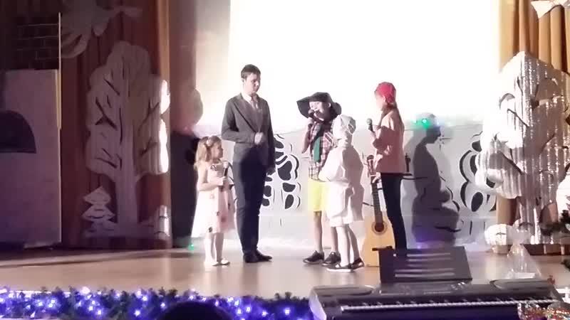 Выступление деток Воскресной школы нашего храма театральная постановка Незнайка