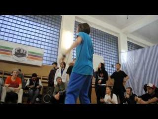 Rikky (win) vs Калина паппинг / Accident battle 15/12/13 / ТВЦ Штаб-Квартира