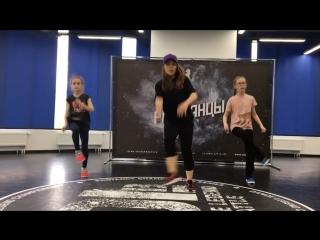 Dancehall kids// routine by Olya BamBitta//Alkaline - helter skelter