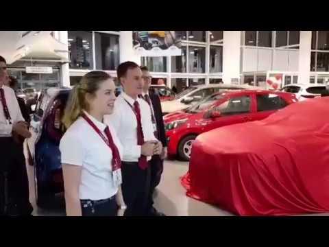 Поздравление счастлив обладателей нового автомобиля KIA