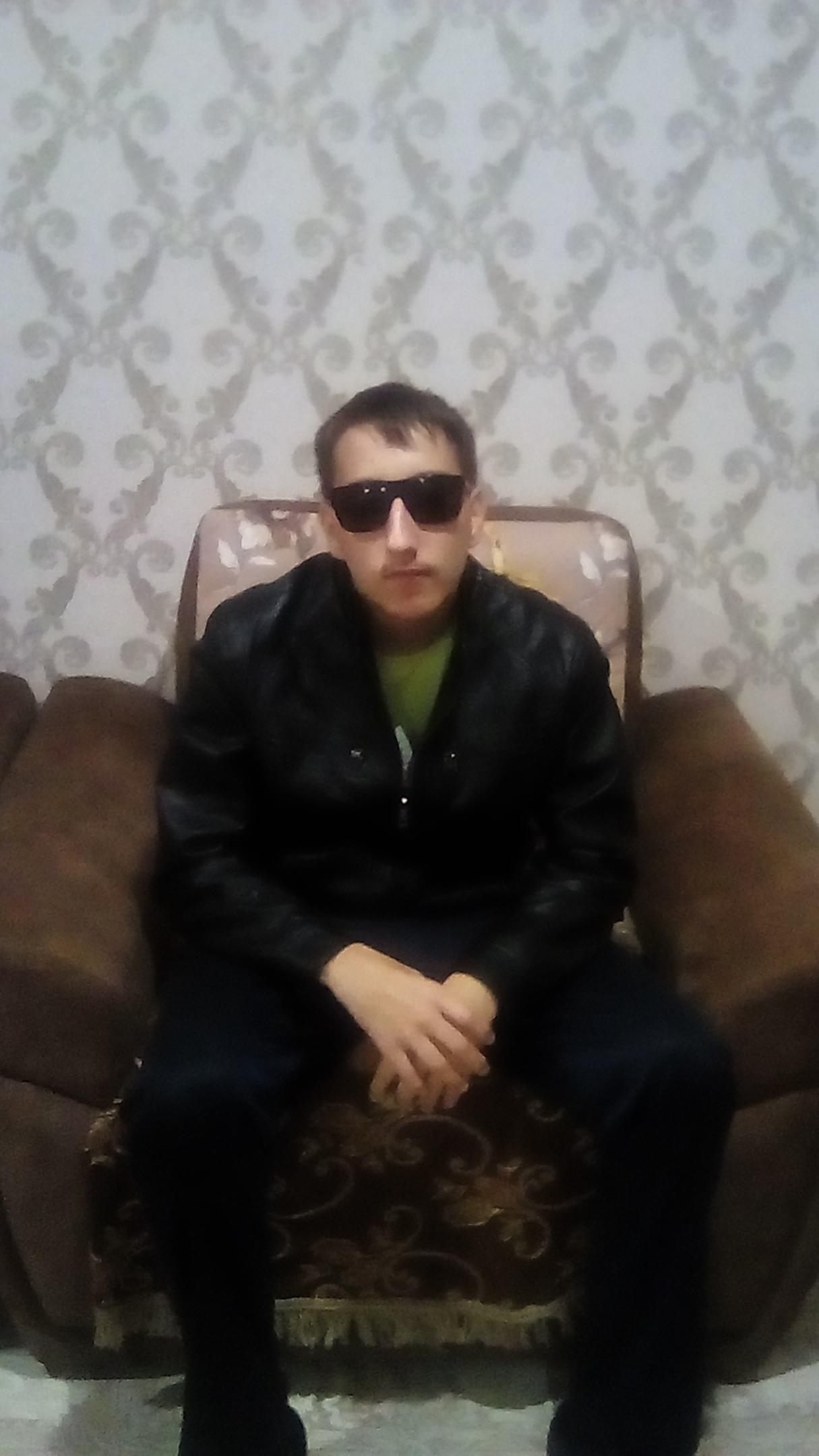 Dima, 18, Ulyanovsk