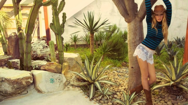 Halie Loren - Waiting In Vain [Bob Marley]