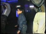 Продвинутый мальчик в ночном клубе. 1997 год.