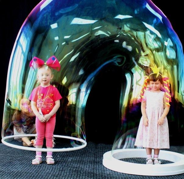 Шоу мыльных пузырей видео смотреть
