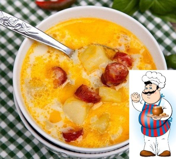 суп с копчеными колбасками. лучший рецепт ароматного супа, заправленного сметаной, с копчеными колбасками и картофелем. ингредиенты 3 шт. колбаса (копченые колбаски) 700 гр. картофель 1 шт.
