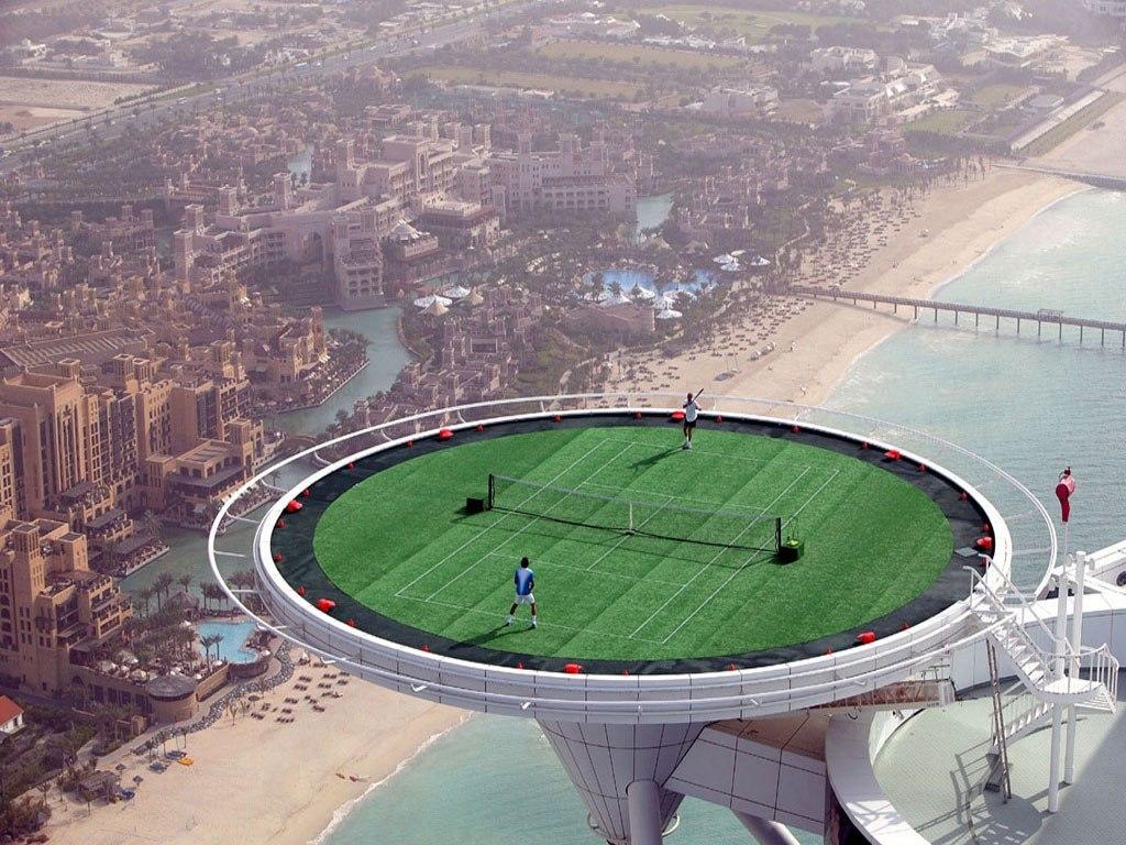 Картинки по запросу Корты в Дубаи