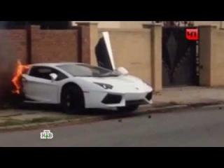 В Нью-Йорке Lamborghini Aventador разорвало пополам