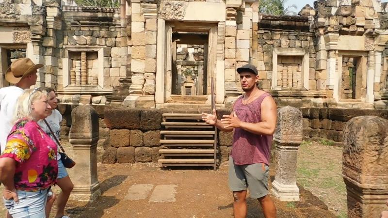 Древний кхмерский храм