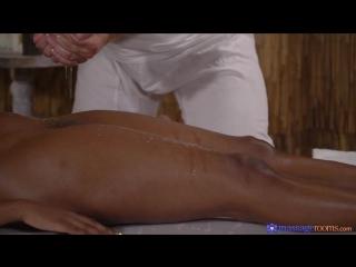 [MassageRooms] Jasmine Webb - Black temptress gobbles chunky cock  rq