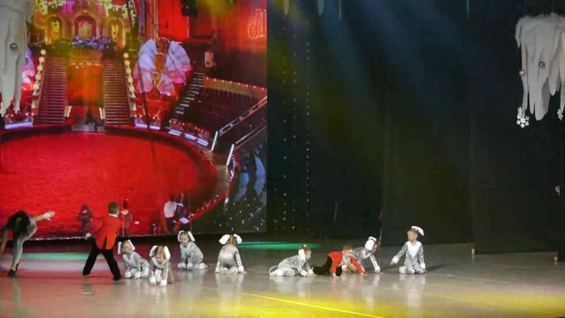 «На арене цирка» - Александра Тишкевич