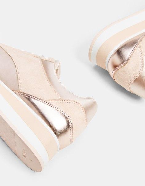 Комбинированные кроссовки на платформе