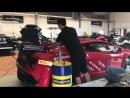 Моторное масло заливают в супер-кар