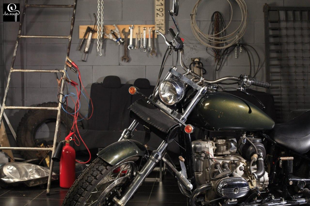 Фотостудия с мотоциклом работа девушке моделью судакоспаривается