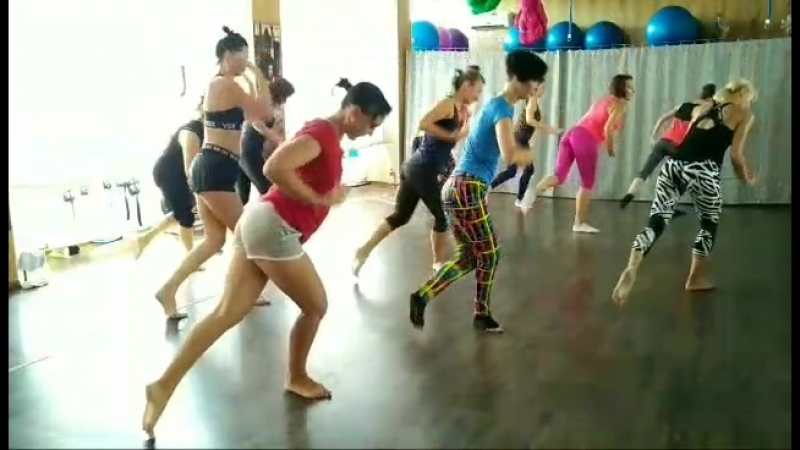 Port De Bras | Fitness Studio Balance