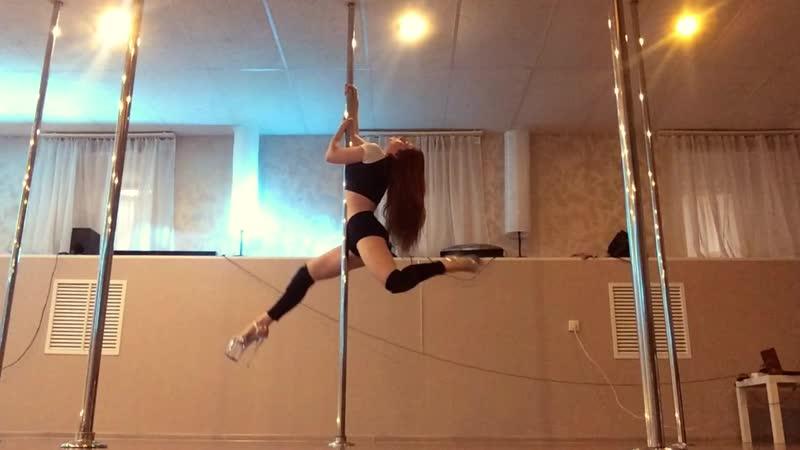 Кристина Виера Exotic Pole Dance