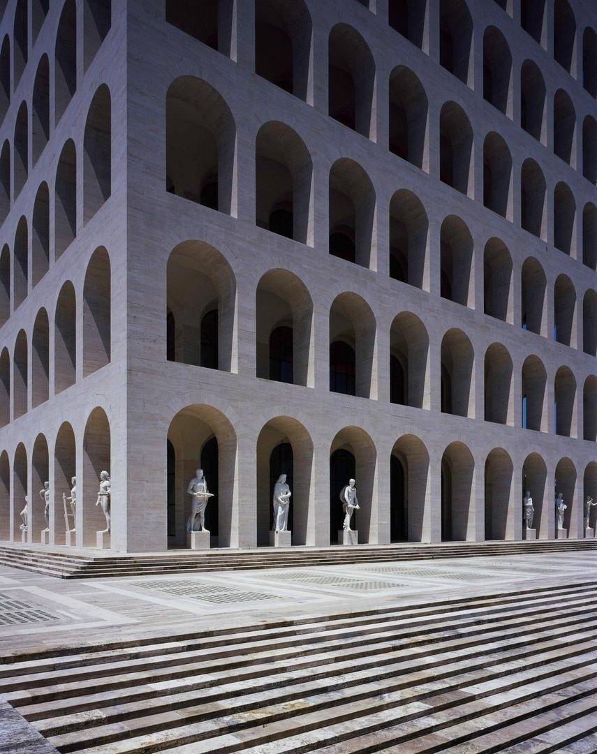 Штаб-квартира Fendi в Риме