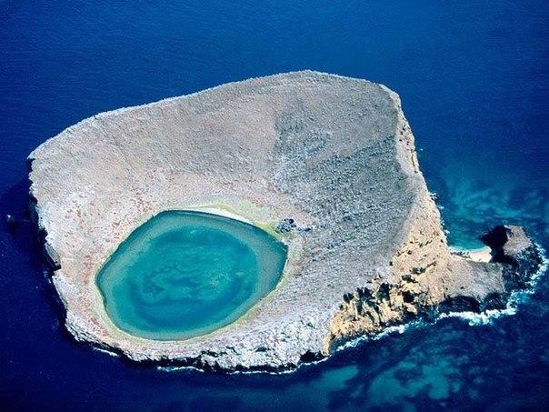 Голубая лагуна Рокас Бенбридж
