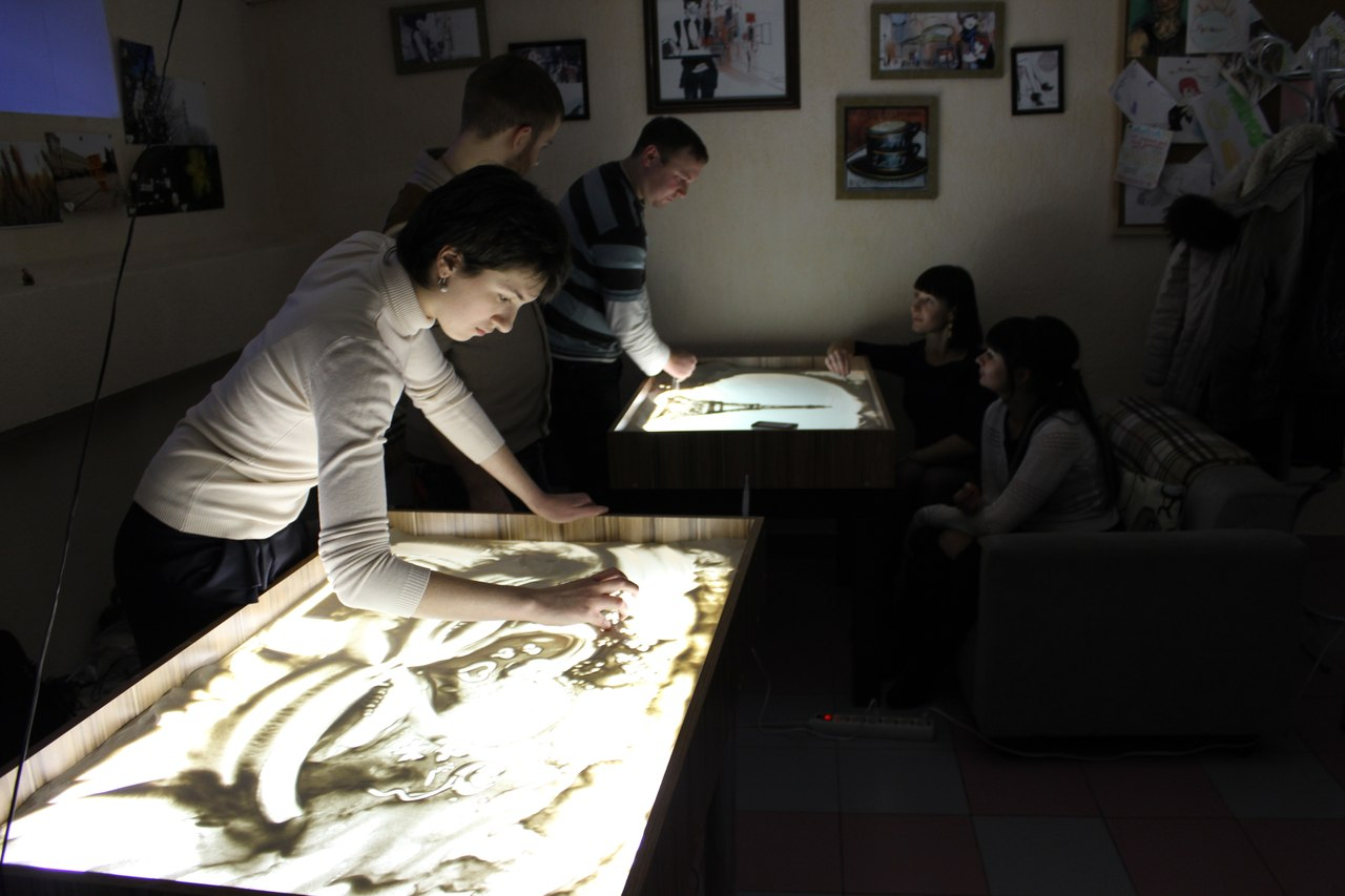 рисование песком на световых столах Sand Drive