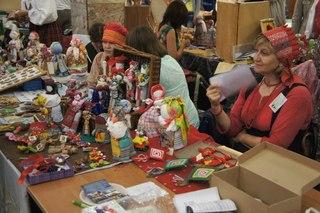 http://belnovosti.ru/news/culture/2014/06/21/v-centre-molodezhnyh-iniciativ-otkrylsya-festival-stroiteley-rodovyh