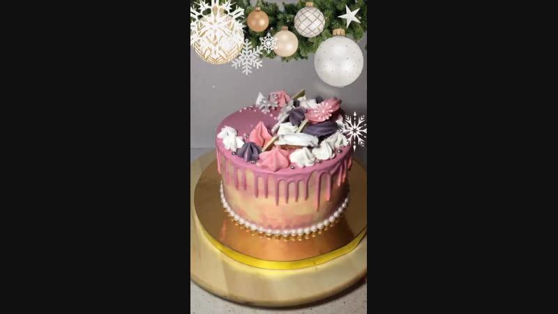 Тортик с меренгами