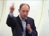 Яценюк-татар нужно наказывать за захват земли в Крыму
