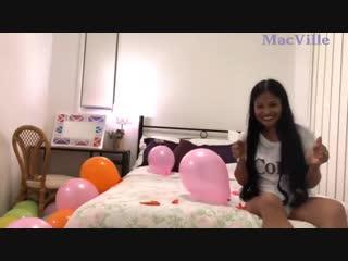 MacVille - Coloured Balloons - Popping One Hundred Balloons - Massive Pen Pop Destruction