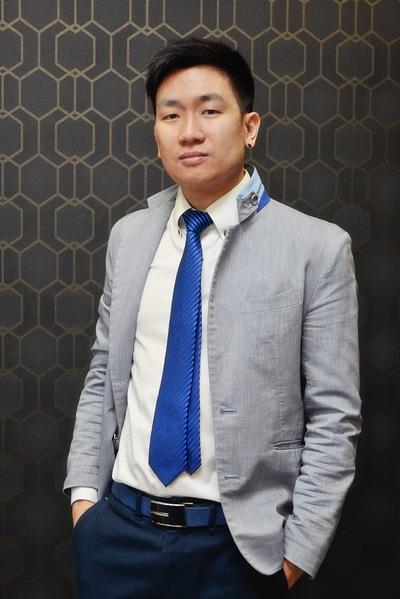 Евгений Ли