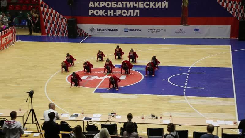 Всероссийских соревнованиях по акробатическому рок-н-роллу в Ростове-на-Дону.