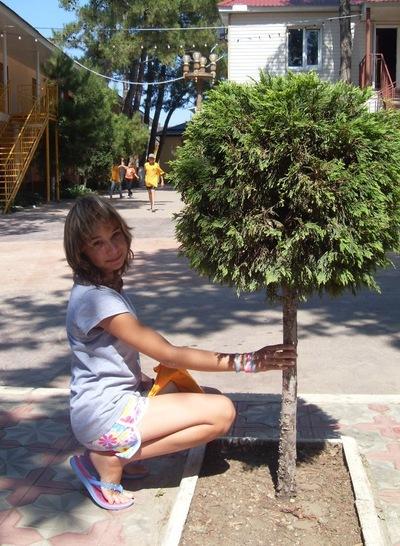 Алсушка Макеева, 19 июня 1999, Москва, id159543878