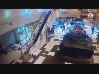 Налет на ТЦ в Екатеринбурге