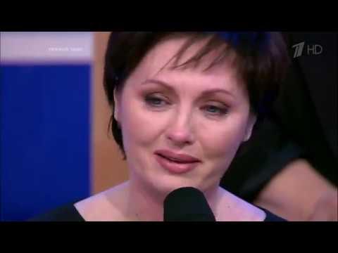 Елена Ксенофонтова. Рожденная в темноте. Звезда в Квадрате
