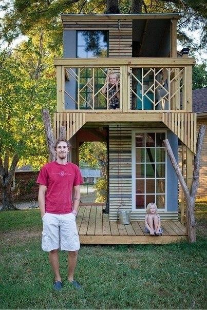 Вот такой домик на дереве папа сделал своим детям собственными руками!