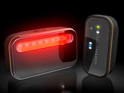 Backtracker предупредит велосипедиста об опасности Компания iKubu разработала новое устройство для повышения уровня безопасности велосипедистов на дороге. Устройство под названием Backtracker позволяет определить ситуацию на дороге за спиной велосипедиста во время движения. Устройство сообщает велосипедисту о приближающемся со спины транспорте, его скорости и расстоянии до велосипедиста. Backtracker способен разглядеть приближающуюся машину на расстоянии до 150 метров. Девайс состоит из двух…