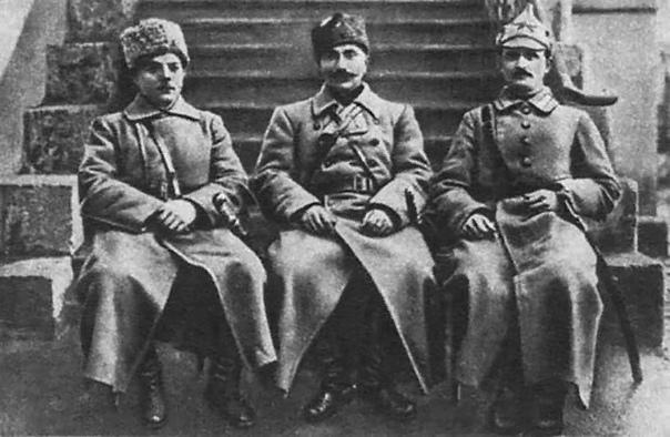 Семен Буденный Герой Гражданской войны, один из первых Маршалов СССР Семён Михайлович Будённый для современников легендарная личность. Сегодня его фигура овеяна мифами и слухами, а события,