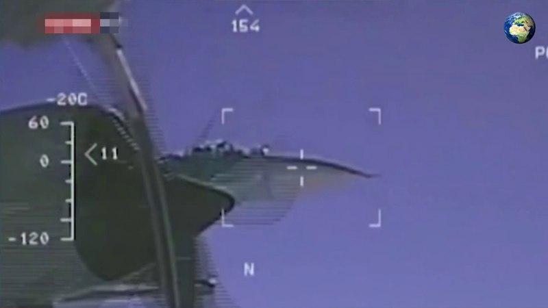 Эксперт рассказал о сближении Су-27 с Boeing P-8 Poseidon