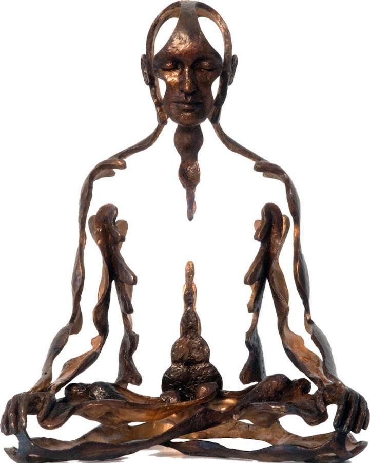 Скульптор Sukhi Barber I0rv2TpMwmY