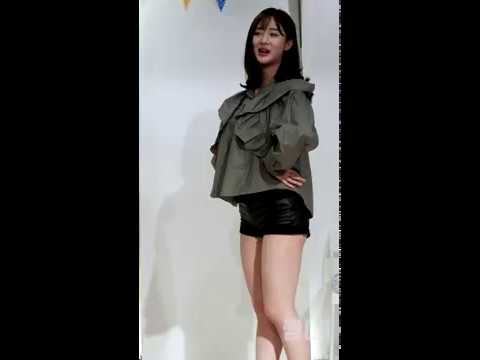 [4K] 20180520 베리굿 (Berry Good) 4주년 팬미팅 - '비비디바비디부' 다예 세로 직캠