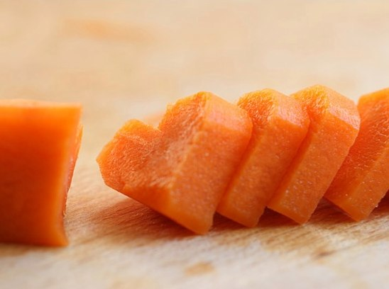 Сердечки из моркови Y5IuVvl9TNw