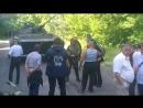Рубежное.22 мая,2014.Капитан Андрей спровоцировал бой в р-не жд вокзала.Не захотел договариваться с ополченцами и сложить оружие