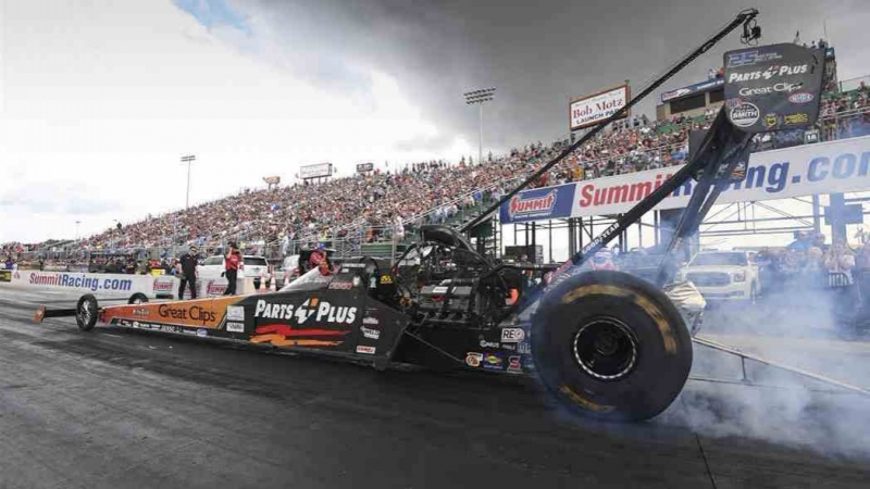 Clay Millican powered to the No. 1 Qualifier in Norwalk (332 mph)
