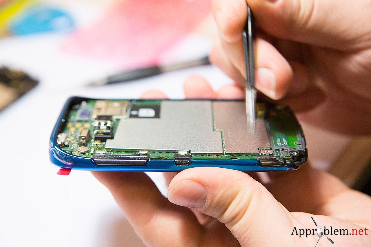 как заменить стекло Nolia Lumia 610