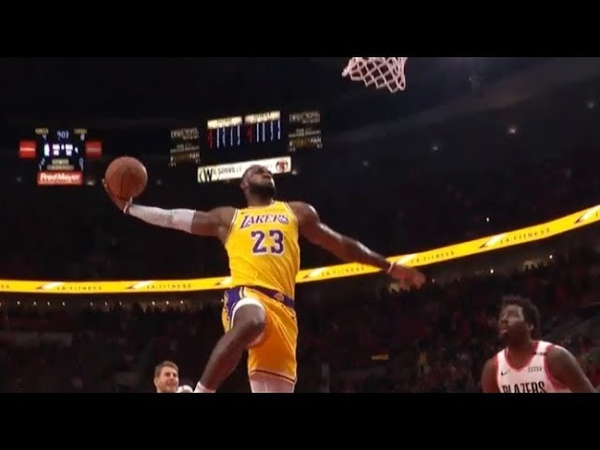 LeBron James epic back-to-back dunks - first points as a Laker! (4 dunks in a row)