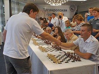 шахматный турнир «Мемориал Владимира Дворковича»