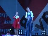 Катя с народной артисткой Мариной Девятовой