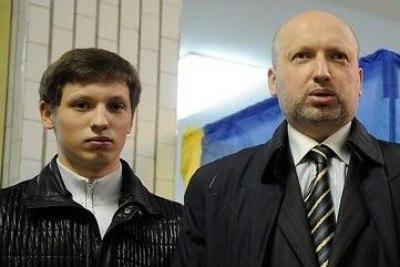 Турчинов лично координирует действия силовиков, задействованных в АТО на Востоке Украины. ФОТОрепортаж+ - Цензор.НЕТ 537