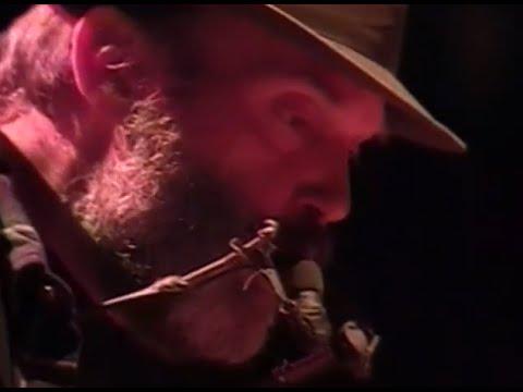 Neil Young - Full Concert - 10/17/98 - Shoreline Amphitheatre (OFFICIAL)