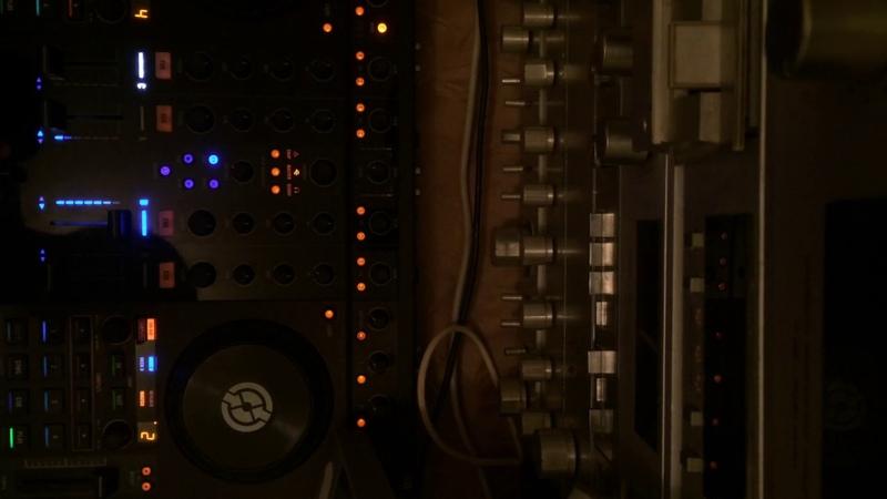 DJ CRAPPACHINO - LIVE TECHNO MIXTAPE