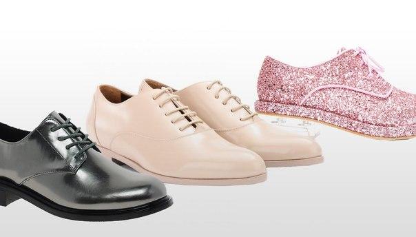 Сейчас марки особенно часто поднимают тему гендера. Мы решили разобрать виды мужской обуви, которыю дизайнеры адаптируют к женскому гардеробу – монки, дерби и другие.