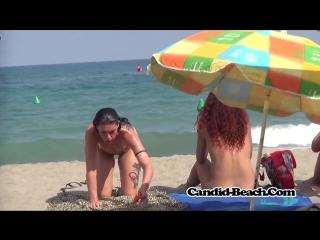 Голые девушки на нудистком пляже, amaz round curvy ass nake nudist female beach girl hot pussy (инцест со зрелыми мамочками 18+)